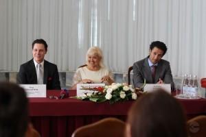 1441545952_press-konferenciya-filarmoniya